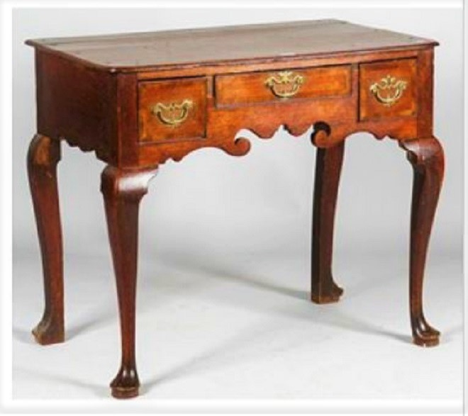 A mid 18th.C. Oak lowboy