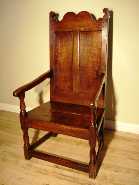 A Queen Anne Oak Wainscot Chair